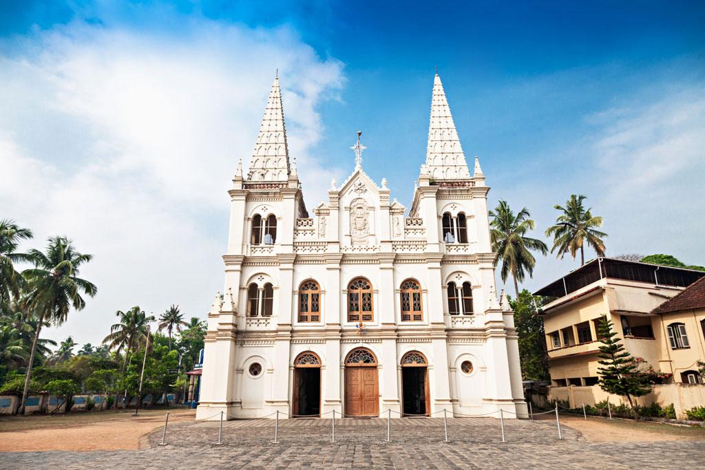 Santa-Cruz-Basilica-Fort-Kochi